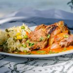 Стифадо – говеждо месо с лук и винен сос