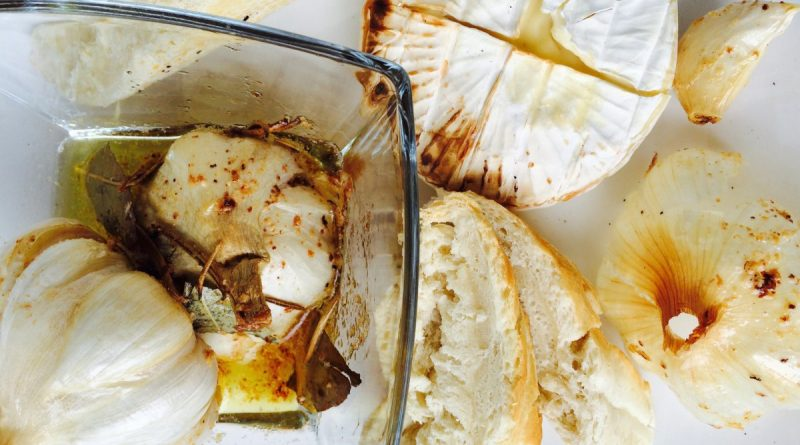 French bread with camembert and garlic