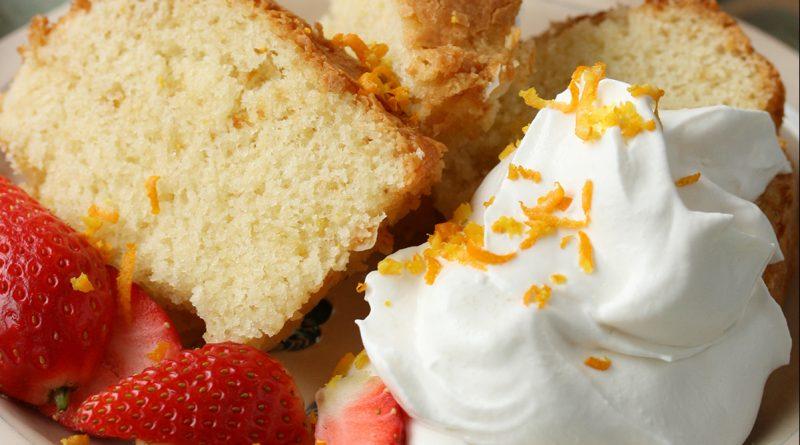 Tuscan lemon cake