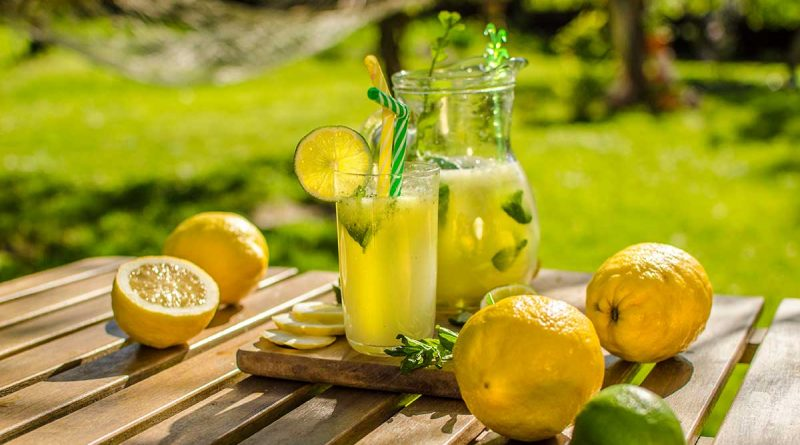 Homemade lemonade – cool summer drink