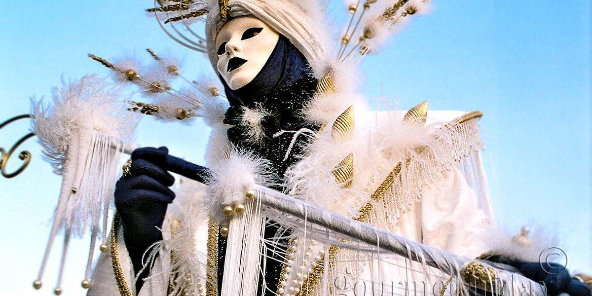 Карнавалът във Венеция – феерия от цветове