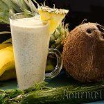 Смути със сурова коприва, ананас и банан