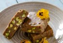 Vegan fudge with tahini, pistachio and cocoa